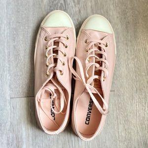 Converse Dusty Pink Sneakers BNIB! Size 7.5 (38.5)